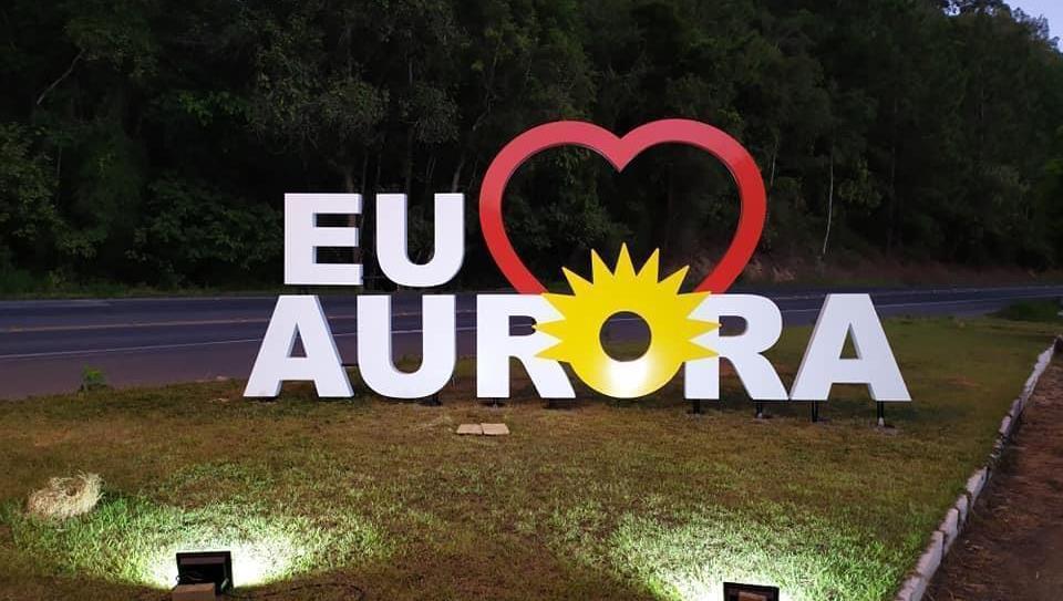 Administração de Aurora inicia revitalização da Rua 15 de Novembro no Centro da cidade